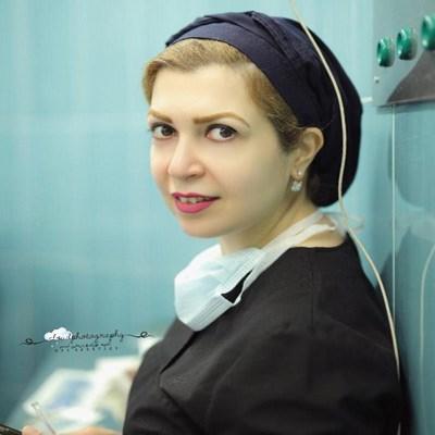 دکتر سارا میرزنده دل